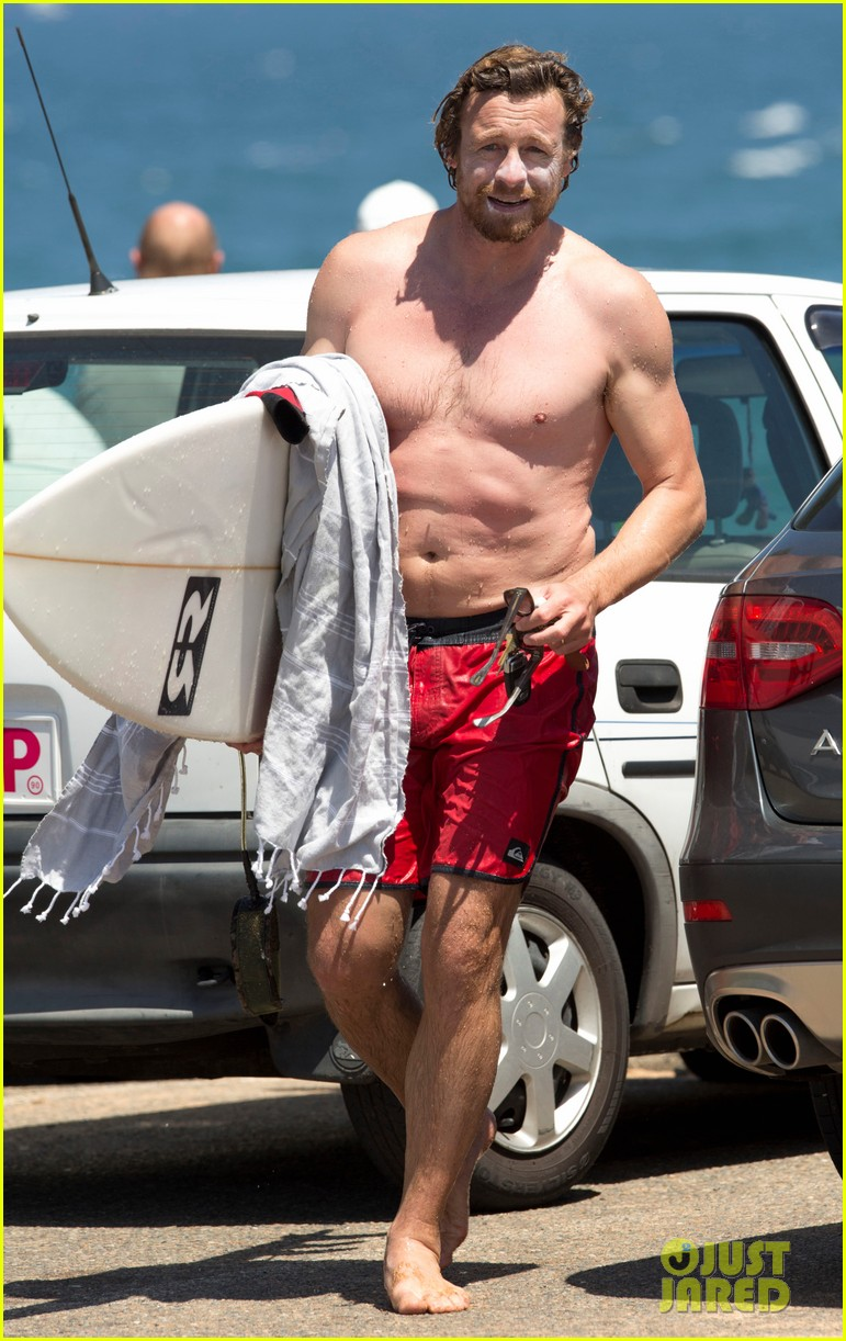 simon baker shirtless body bondi beach 083286753