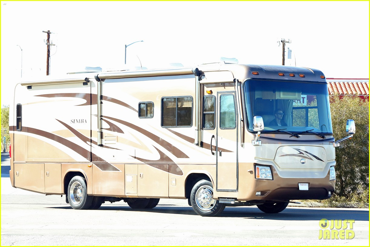 rachel bilson hayden christensen are driving around in an rv 193282540
