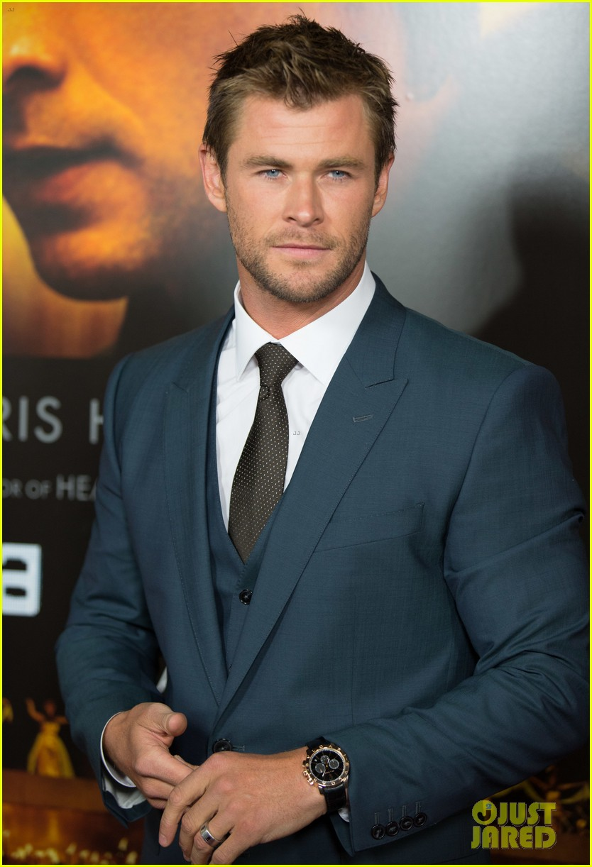 Chris Hemsworth Shows Off Short Hair At Blackhat Premiere Photo 3275529 Chris Hemsworth Tang Wei Pictures Just Jared