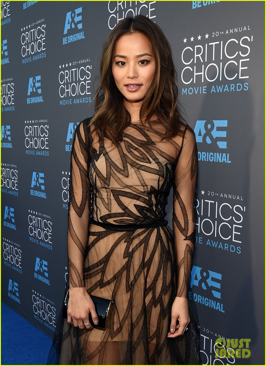 jamie chung genesis rodriguez critics choice awards 2015 043281564