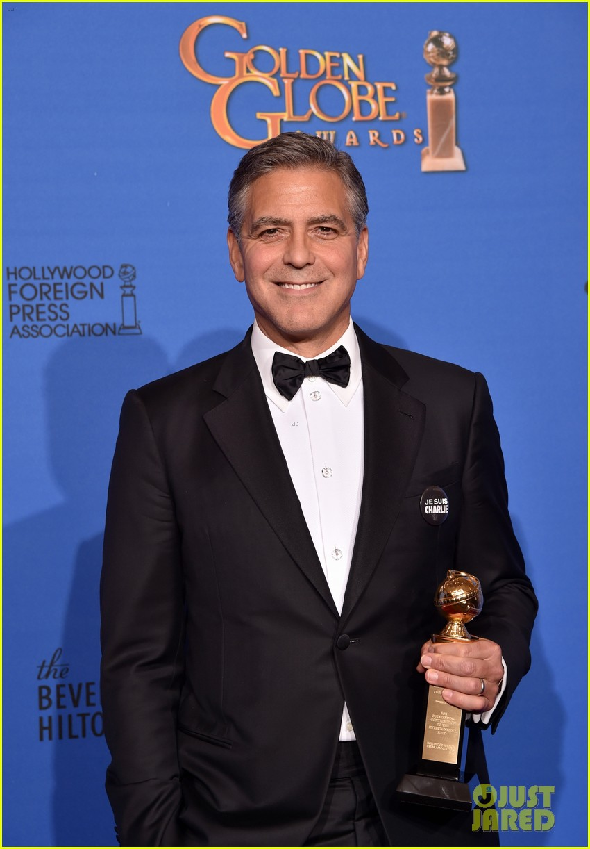 george clooney thanks wife amal during golden globes 2015 093278370