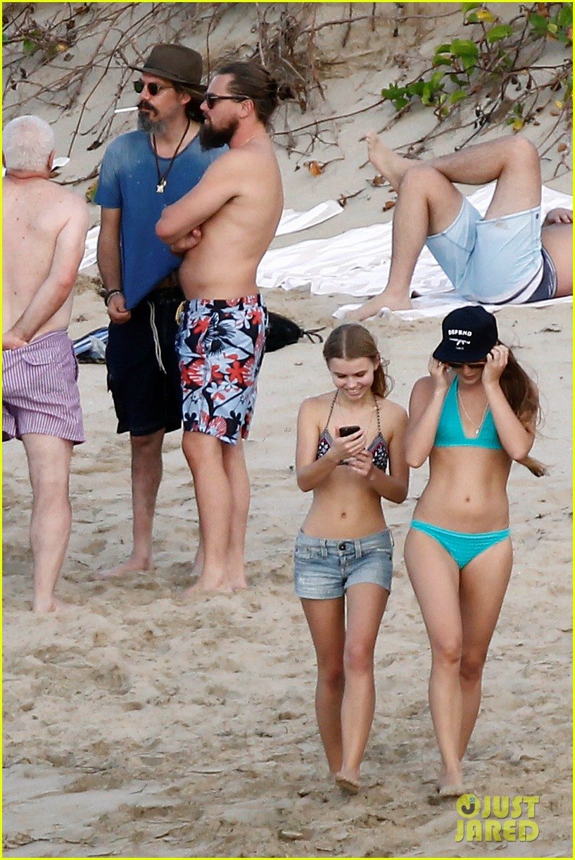 leonardo dicaprio continues st barts trip surrounded by women 183271436