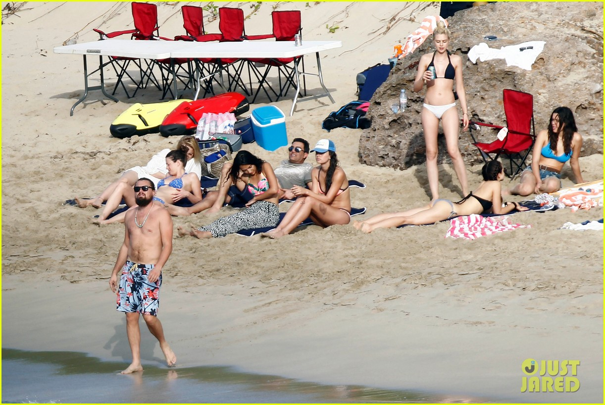 leonardo dicaprio continues st barts trip surrounded by women 343271452