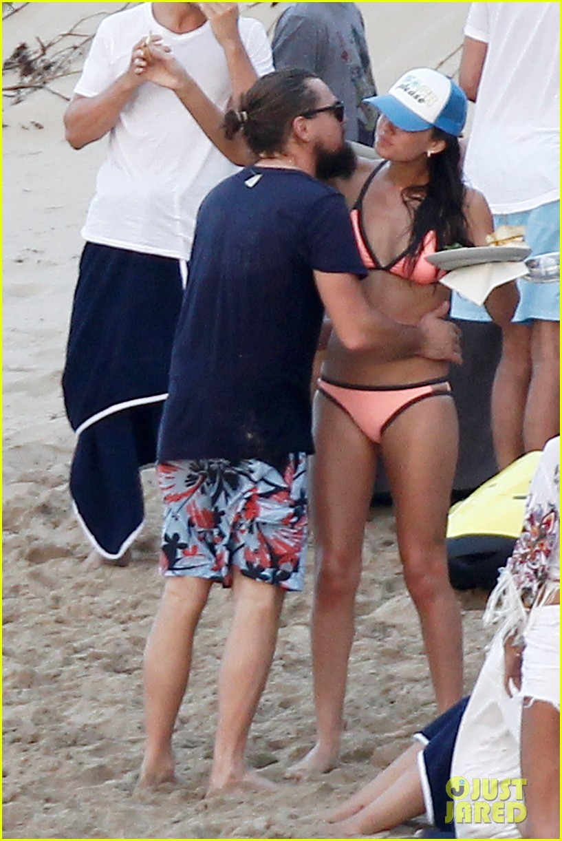 leonardo dicaprio continues st barts trip surrounded by women 523271470