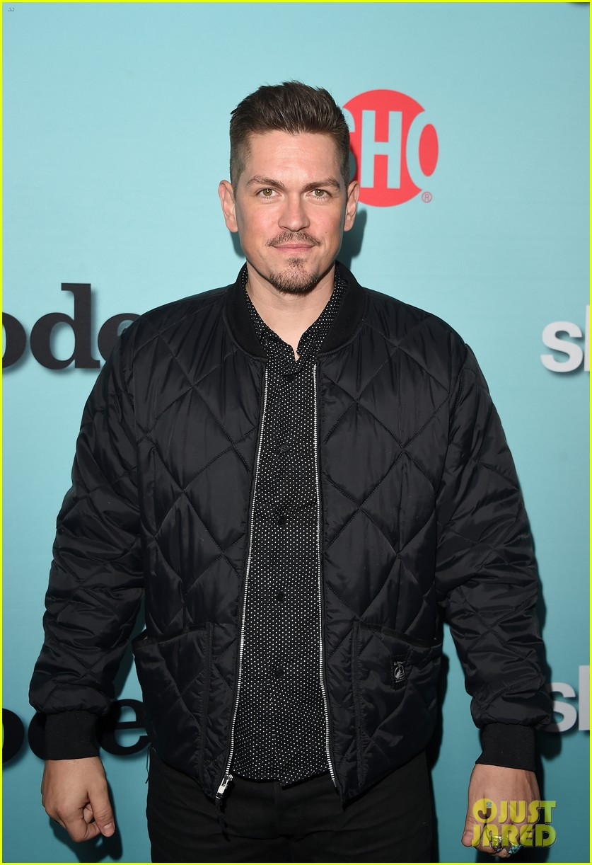steve howey actor