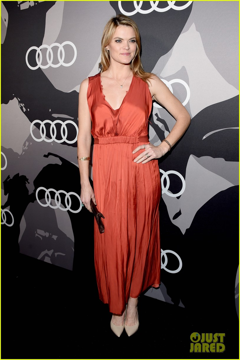 jessica chastain audi golden globes 2015 party 073275543