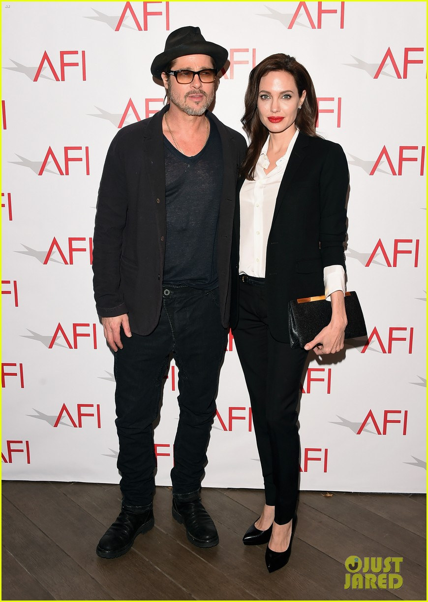 angelina jolie honors unbroken at afi awards with brad pitt 033275973