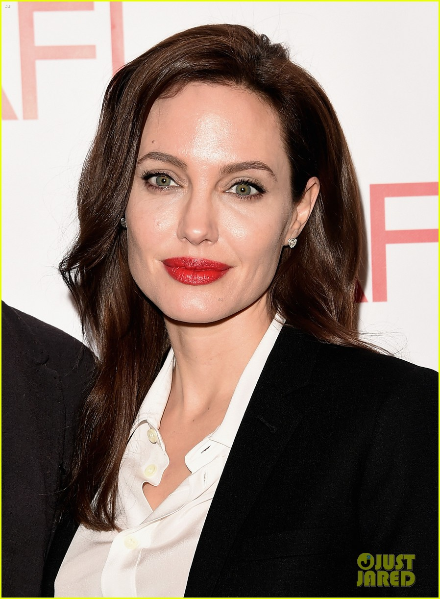 angelina jolie honors unbroken at afi awards with brad pitt 133275983