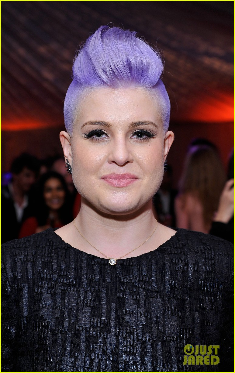 Kelly Osbourne Shows Off Bright Purple Do At Art Of Elysium Heaven
