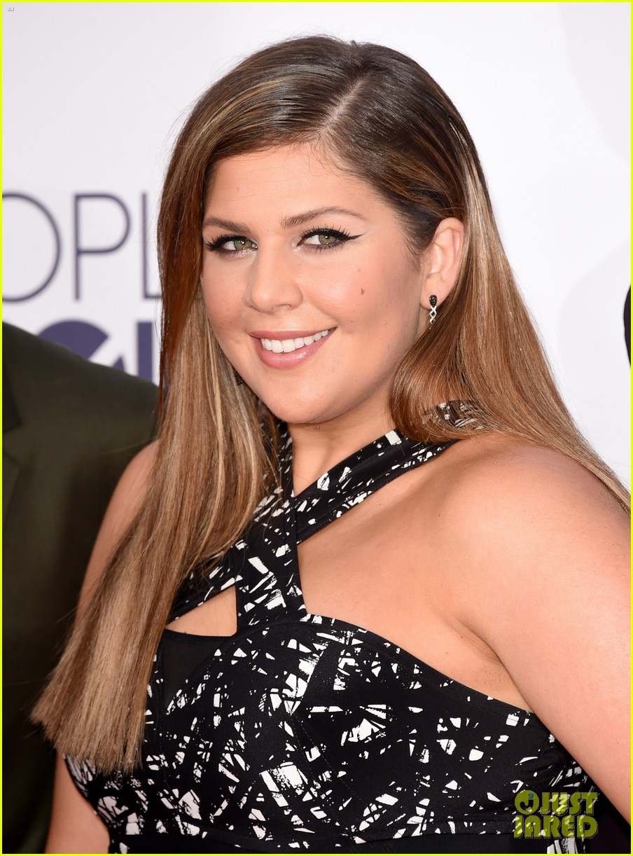 Hillary Scott in Yigal...