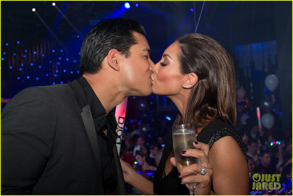 mario lopez courtney mazza midnight kiss 233277146