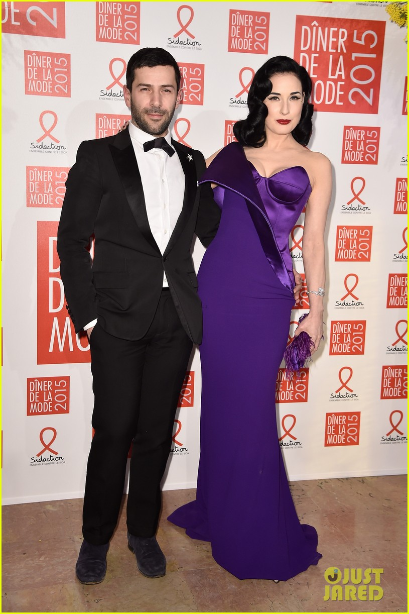 elizabeth olsen joins dita von teese conchita wurst at sidaction gala 093291875