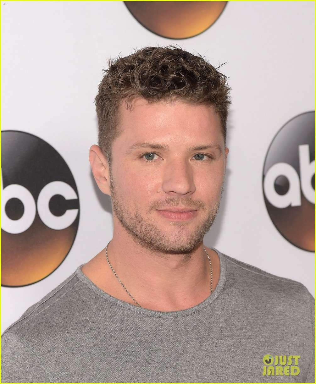 ryan phillippe reveals why his tv experience was exhausting 303280970