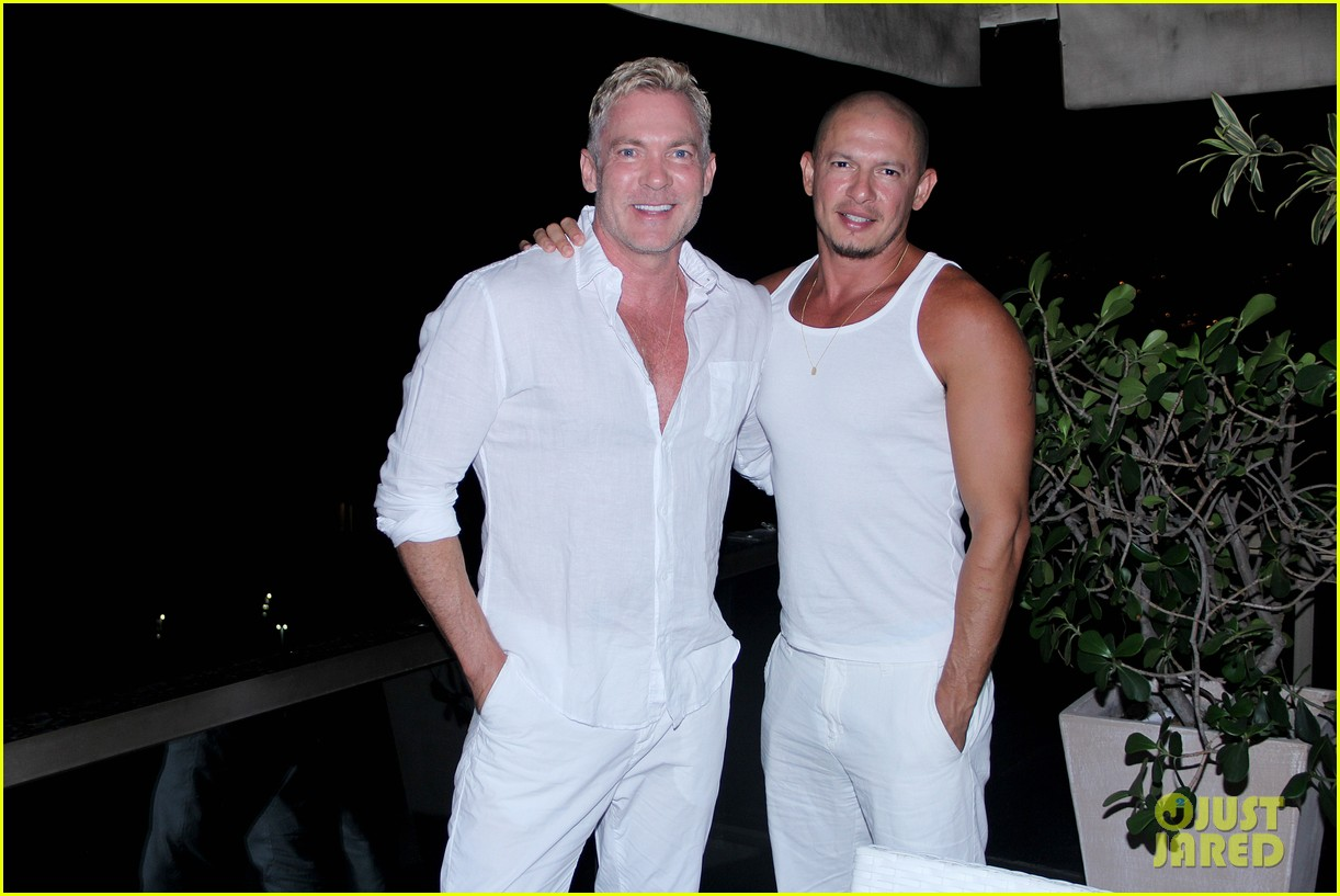 sam champion spends nye with bf 023271619