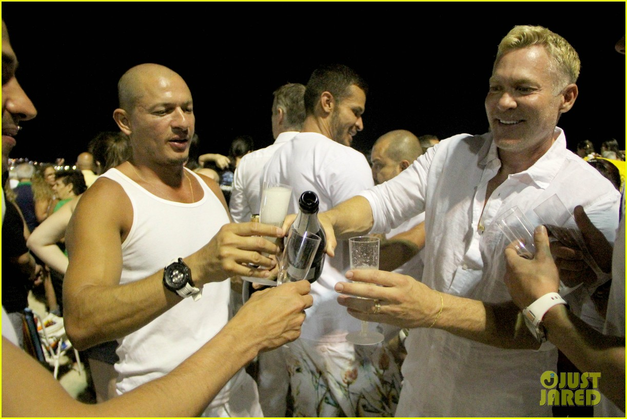 sam champion spends nye with bf 043271621