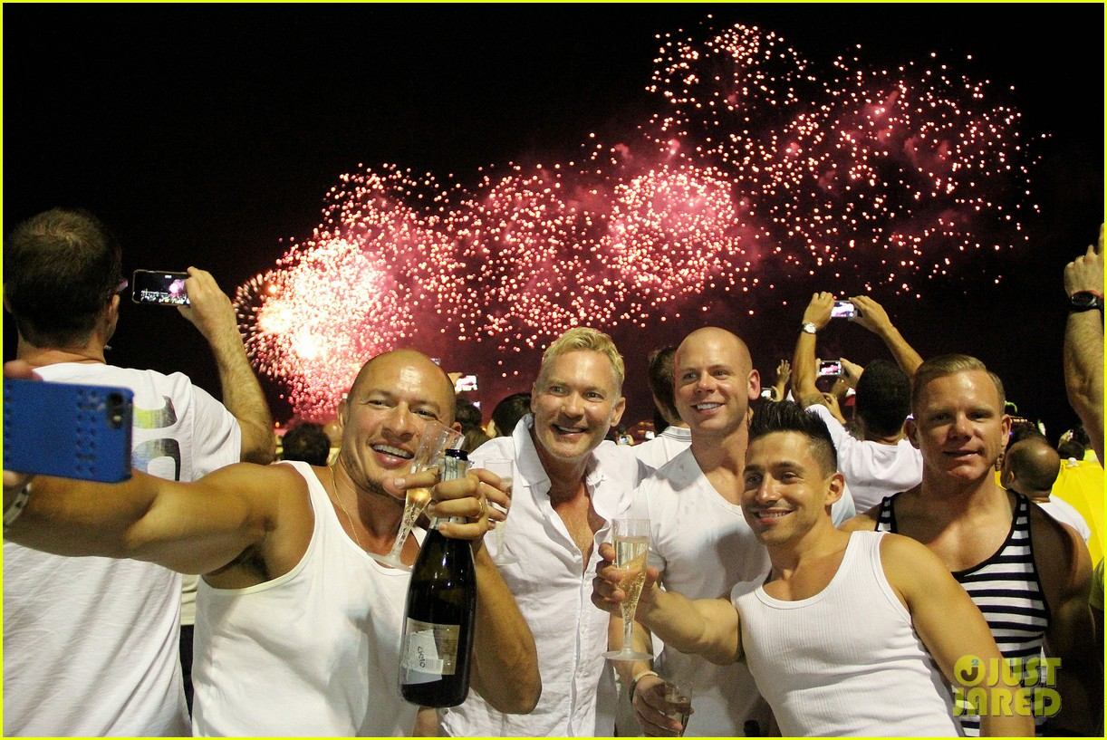 sam champion spends nye with bf 073271624