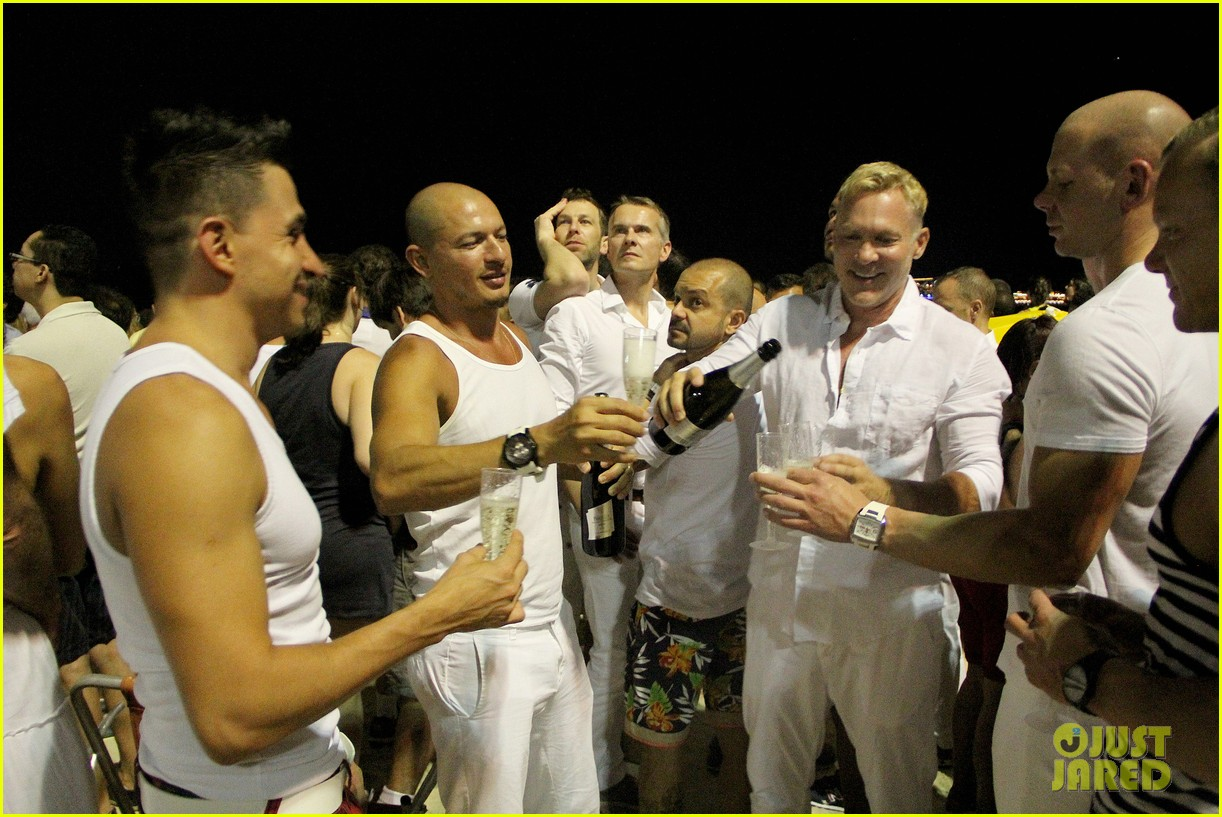 sam champion spends nye with bf 273271644