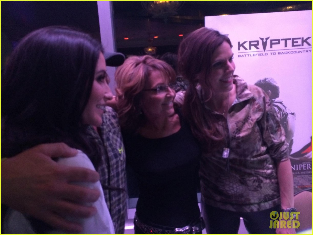 american sniper widow taya kyle hosts charity event with sarah palin 023287077