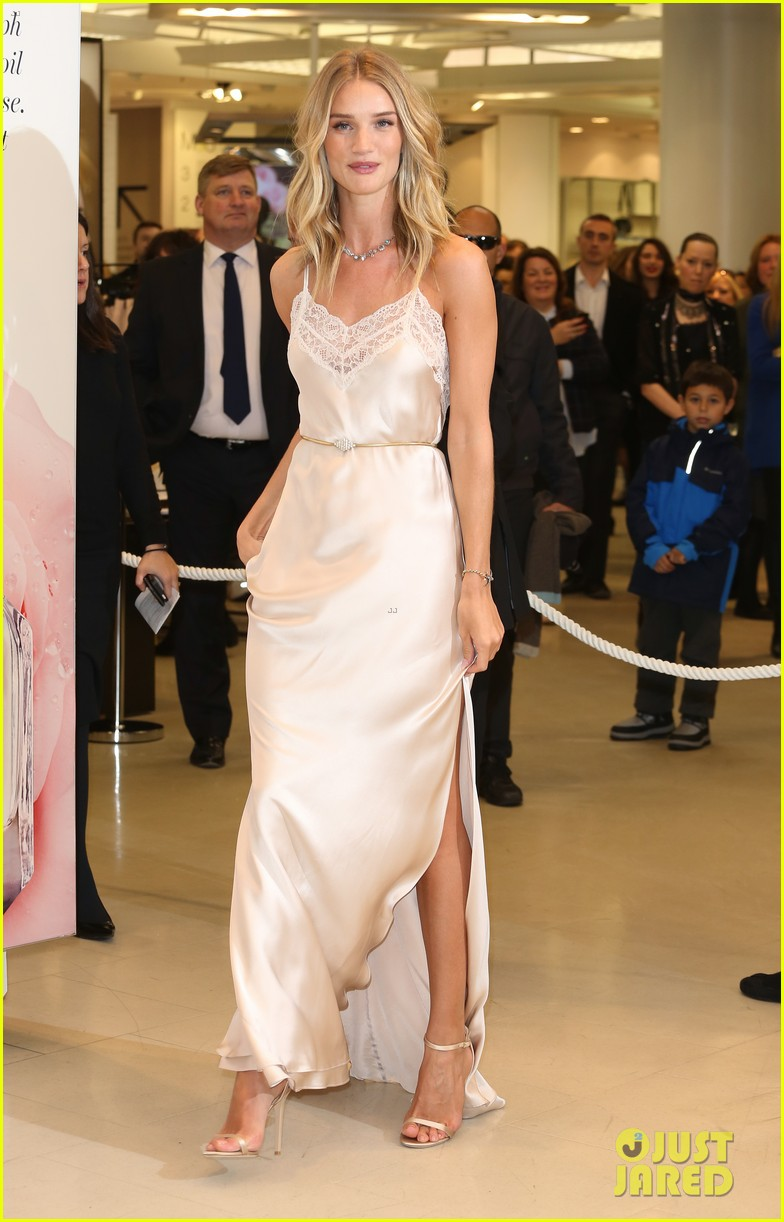 8cac4d0530 Rosie Huntington-Whiteley Stuns at  Rosie for Autograph  Fragrance Launch  in London!