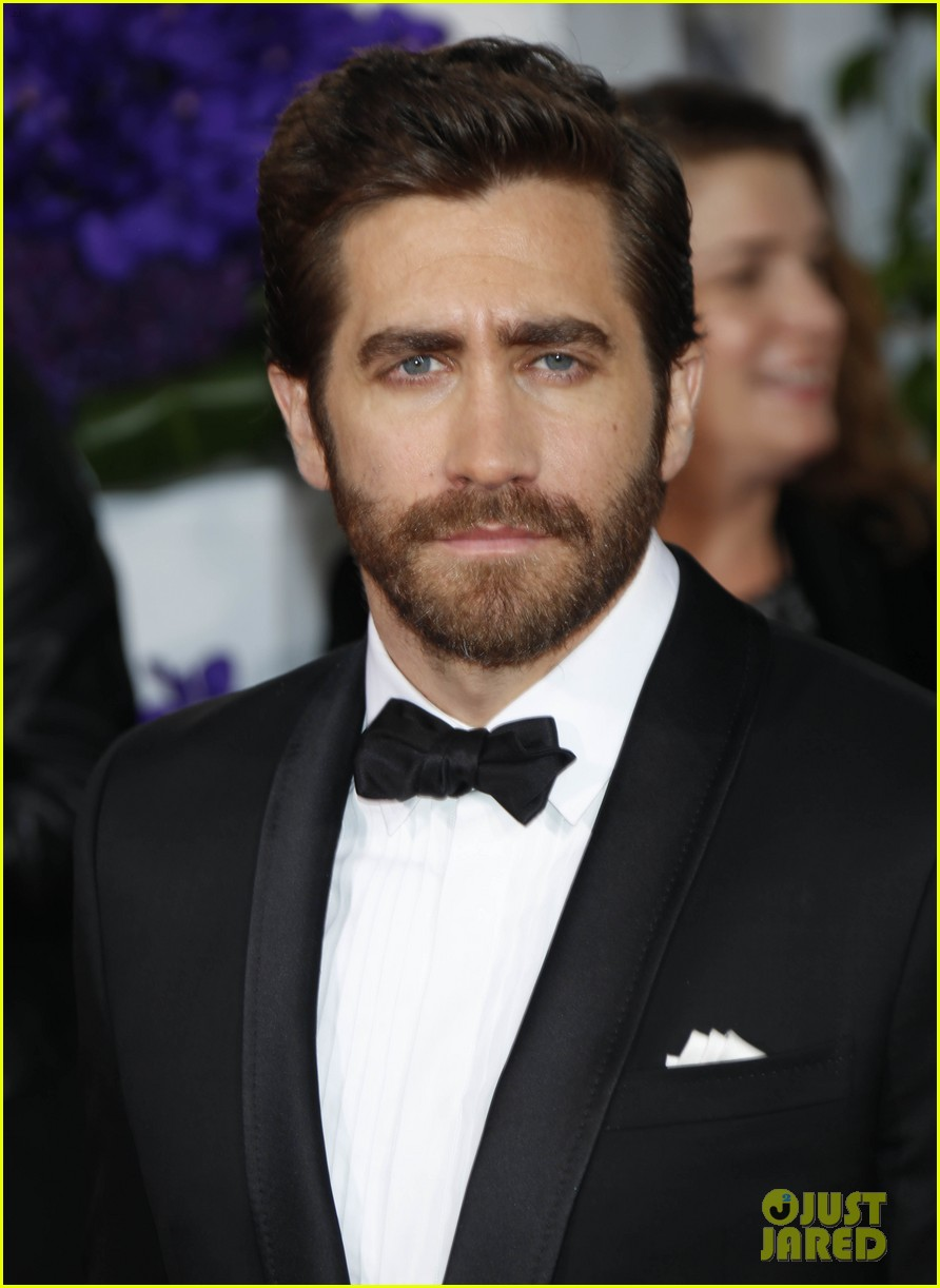 jake gyllenhaal golden globes 2017 - photo #24