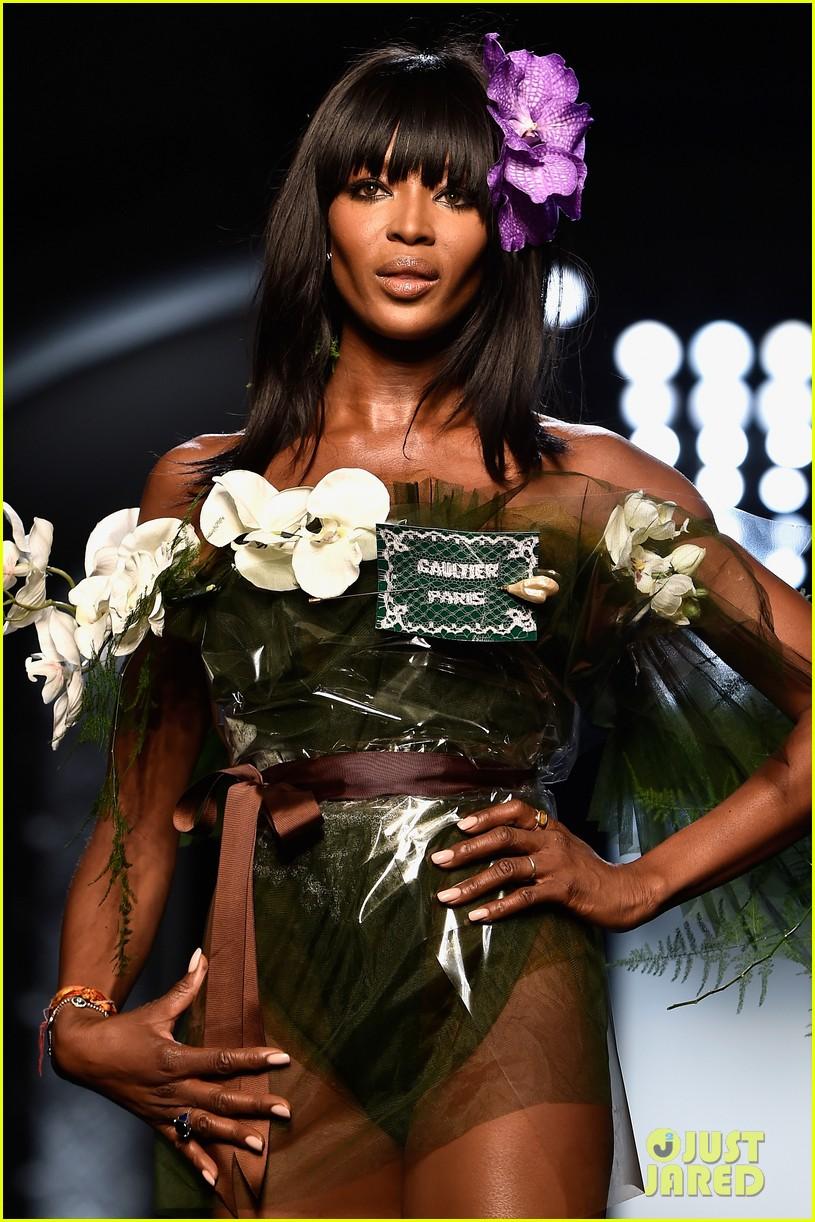conchita wurst hits paris fashion week 043290538
