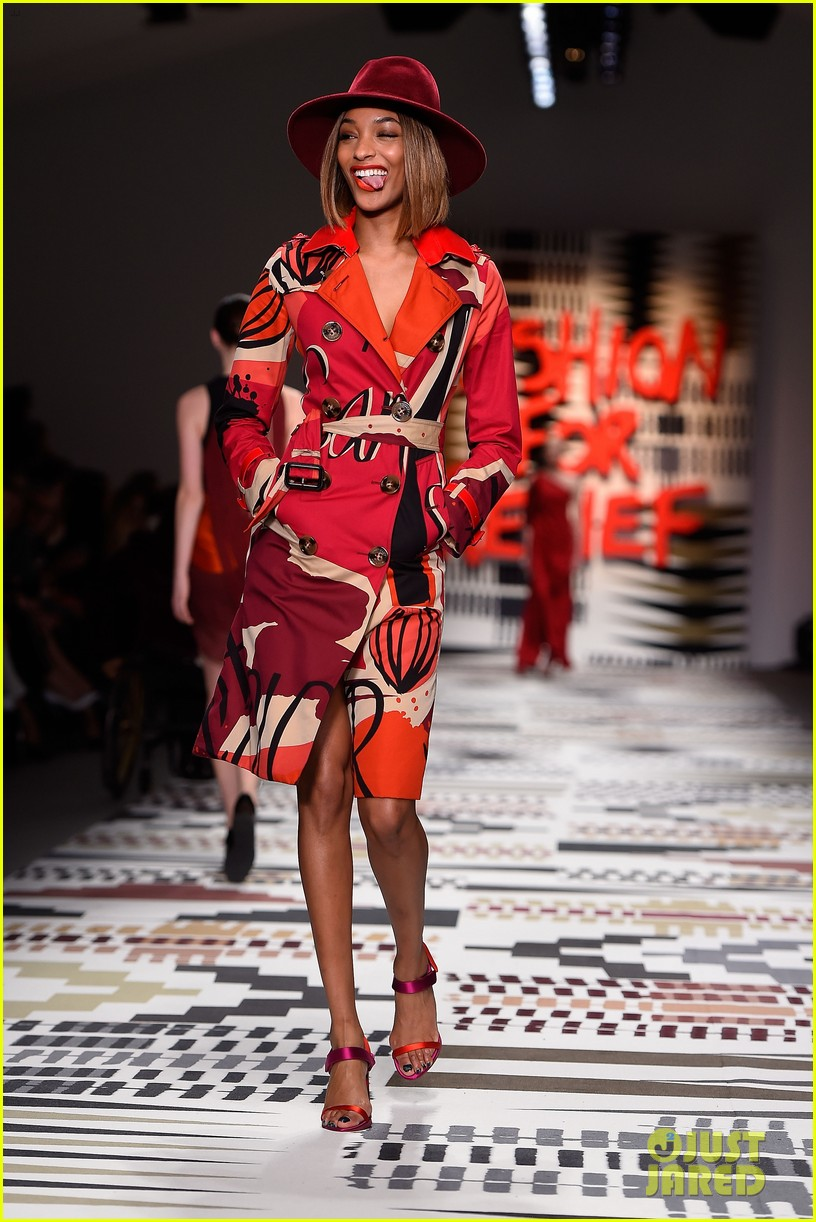 naomi campbell jourdan dunn more hit the runway at fashion for relief 183308735