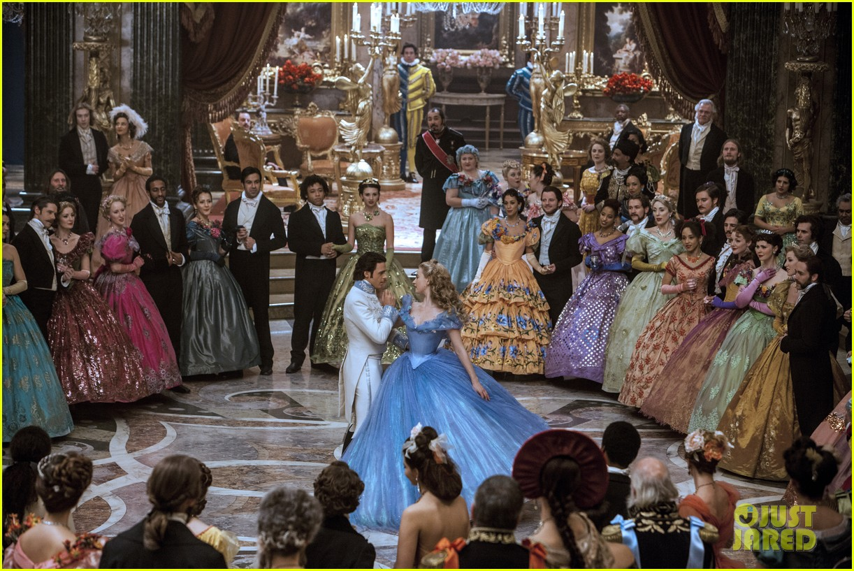 new cinderella trailer stills true love sacrifice 013302069