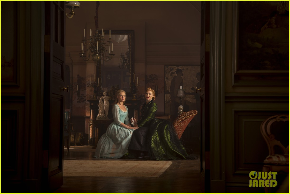 new cinderella trailer stills true love sacrifice 073302075