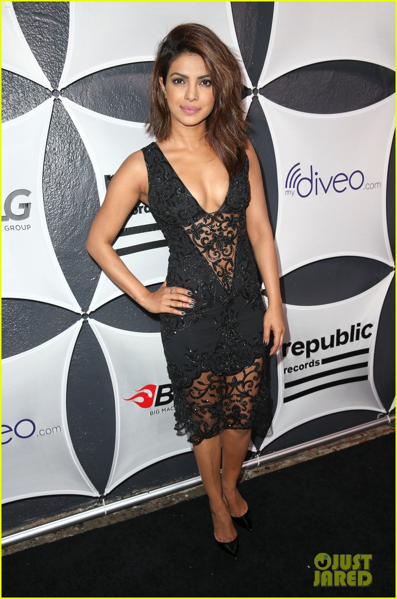 sheryl crow priyanka chopra grammys 2015 after party 033300256