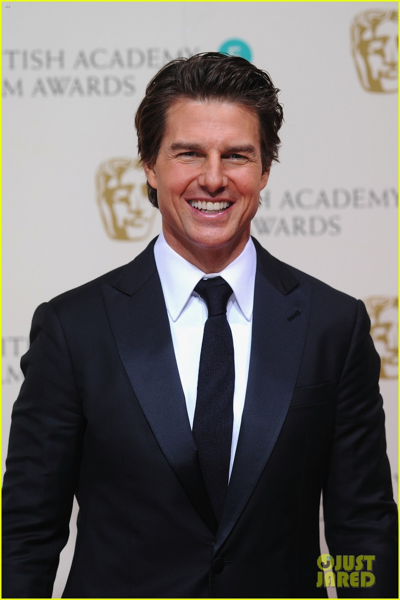 Tom Cruise Made a Special Appearance at BAFTAs 2015 ...