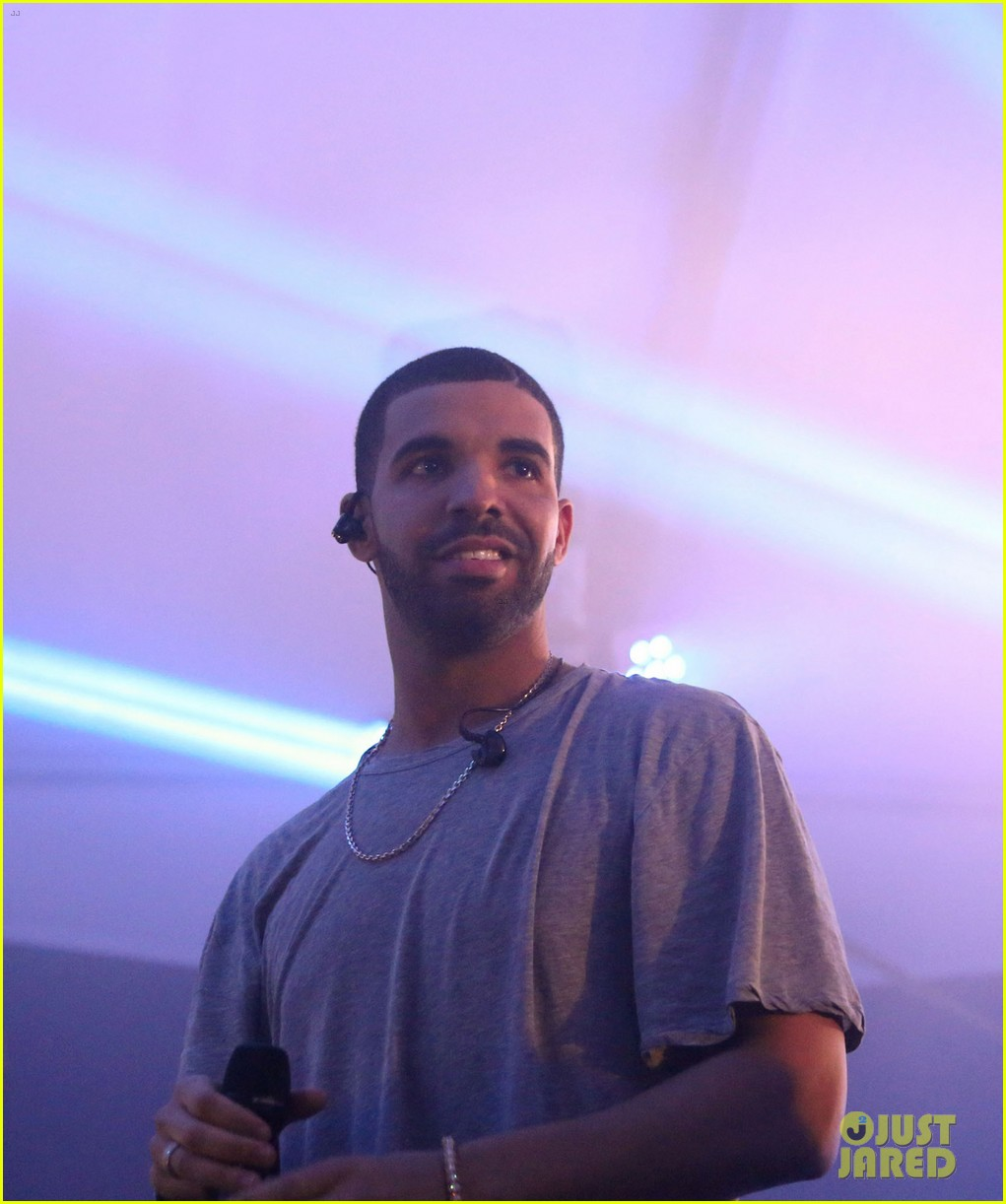 Full Sized Photo of drake bootsy bellows party 2015 super bowl 01 ...