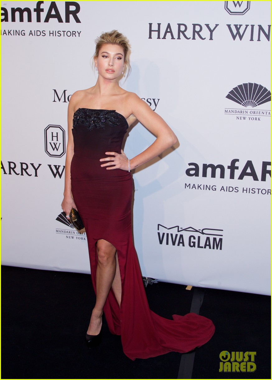 kendall jenner karlie kloss show lots of leg at amfar gala 053303350