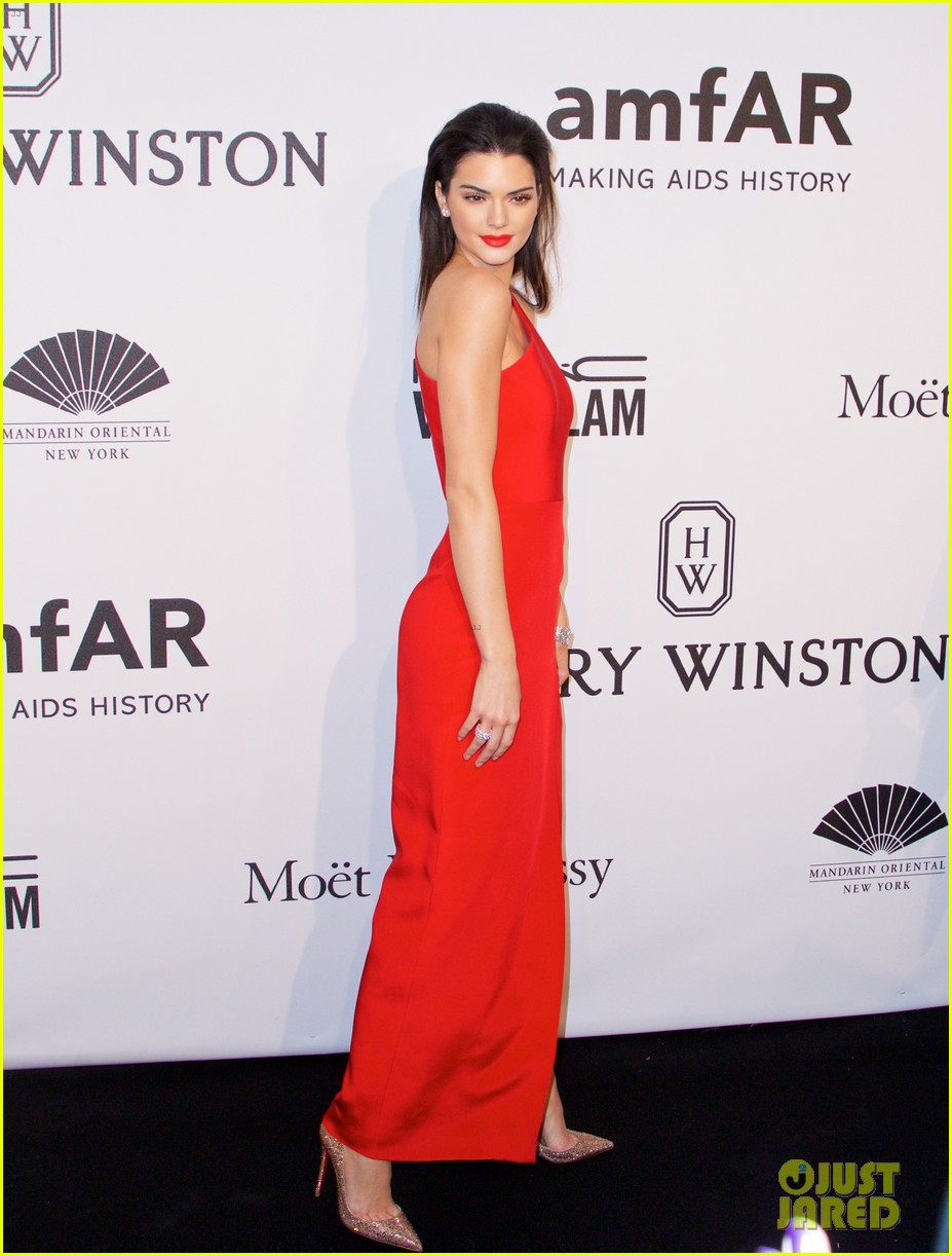 kendall jenner karlie kloss show lots of leg at amfar gala 203303367
