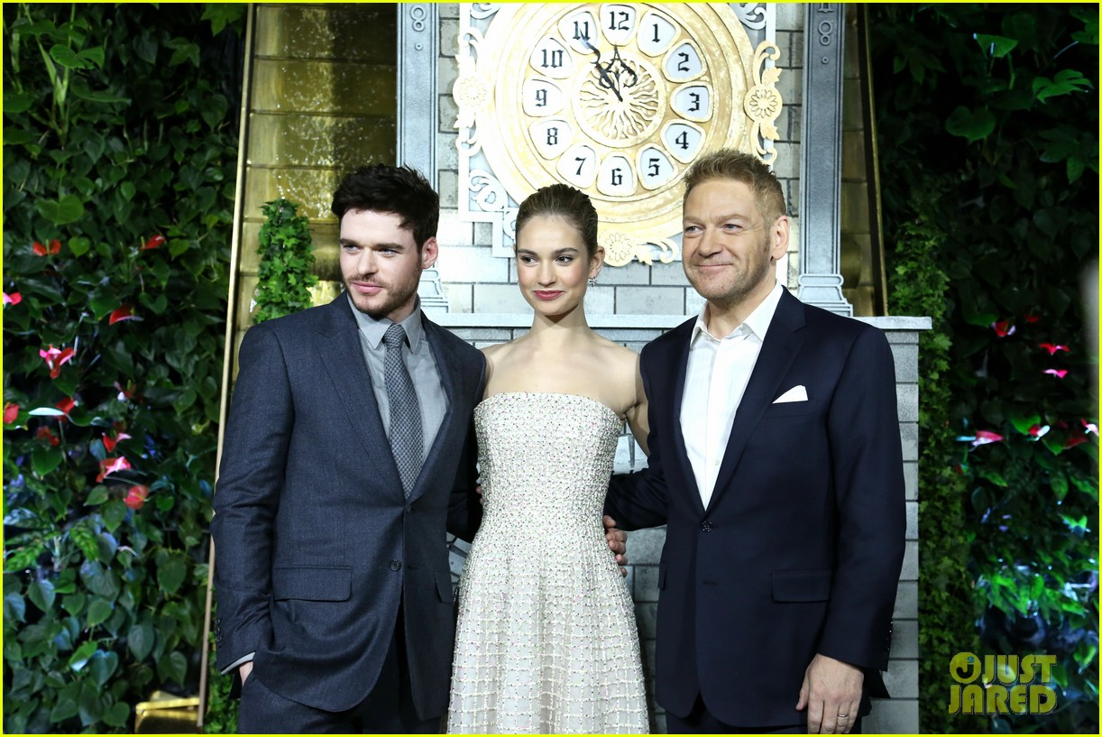 Richard madden lily james cinderella moscow photocall 15