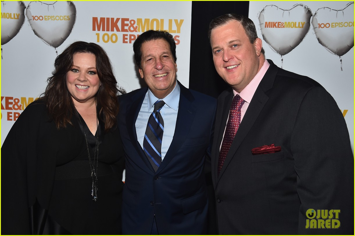 melissa mccarthy billy gardell celebrate mike molly 100th episode 053294009