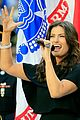 idina menzel national anthem super bowl 2015 07