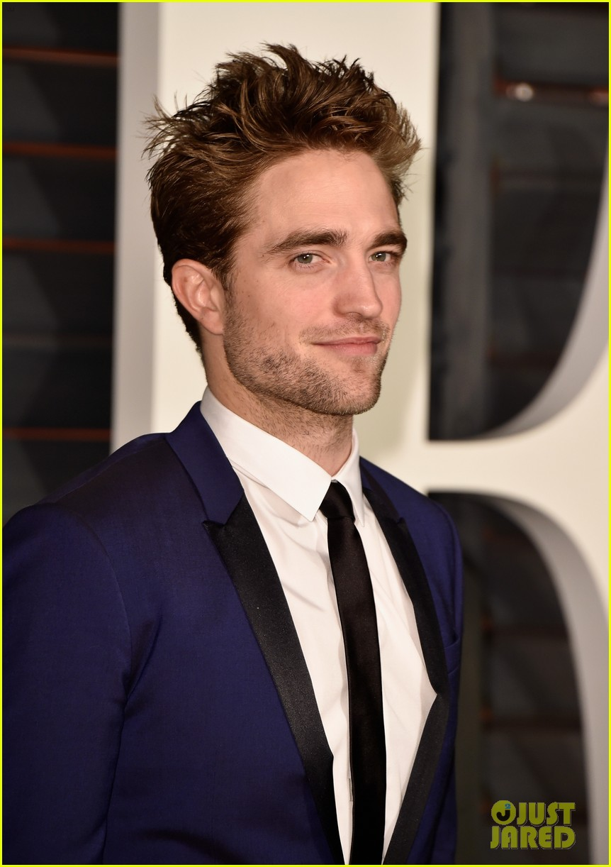 Robert Pattinson Spends Oscars 2015 Night with His BFFs!: Photo ... Robert Pattinson