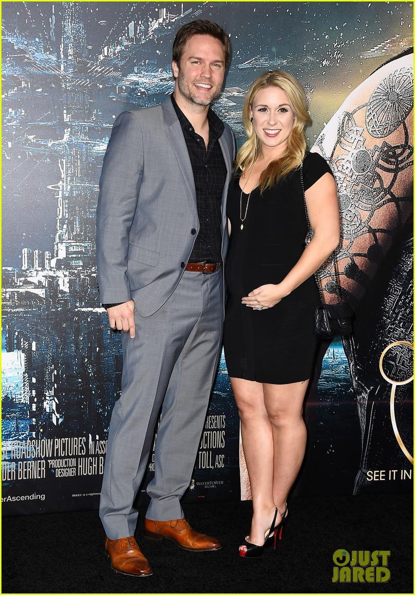 scott porter wife kelsey pregnant 033294862