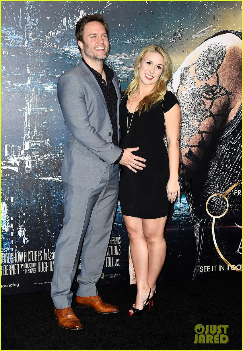 scott porter wife kelsey pregnant 053294864