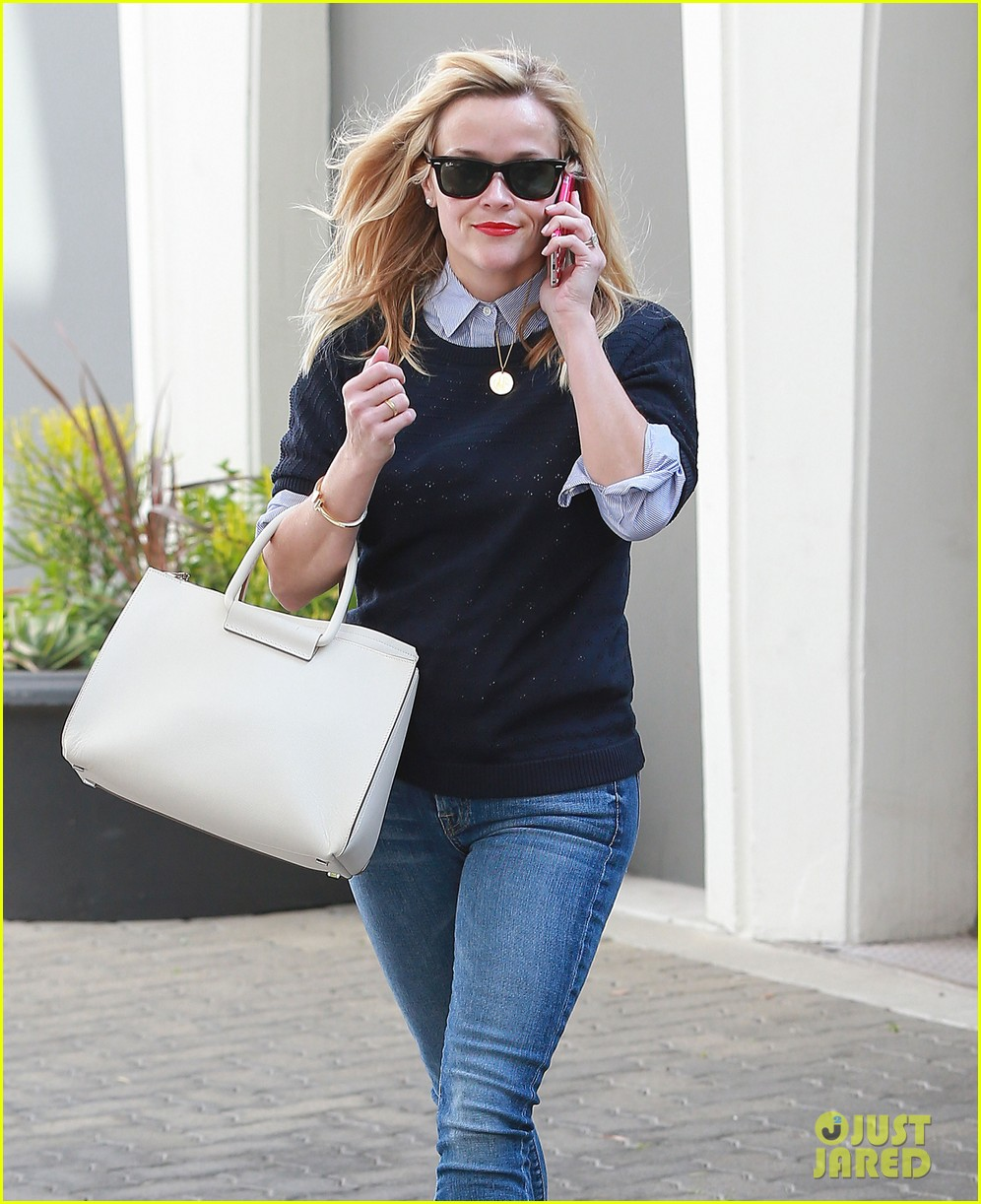 reese witherspoon before oscars weekend 033307612
