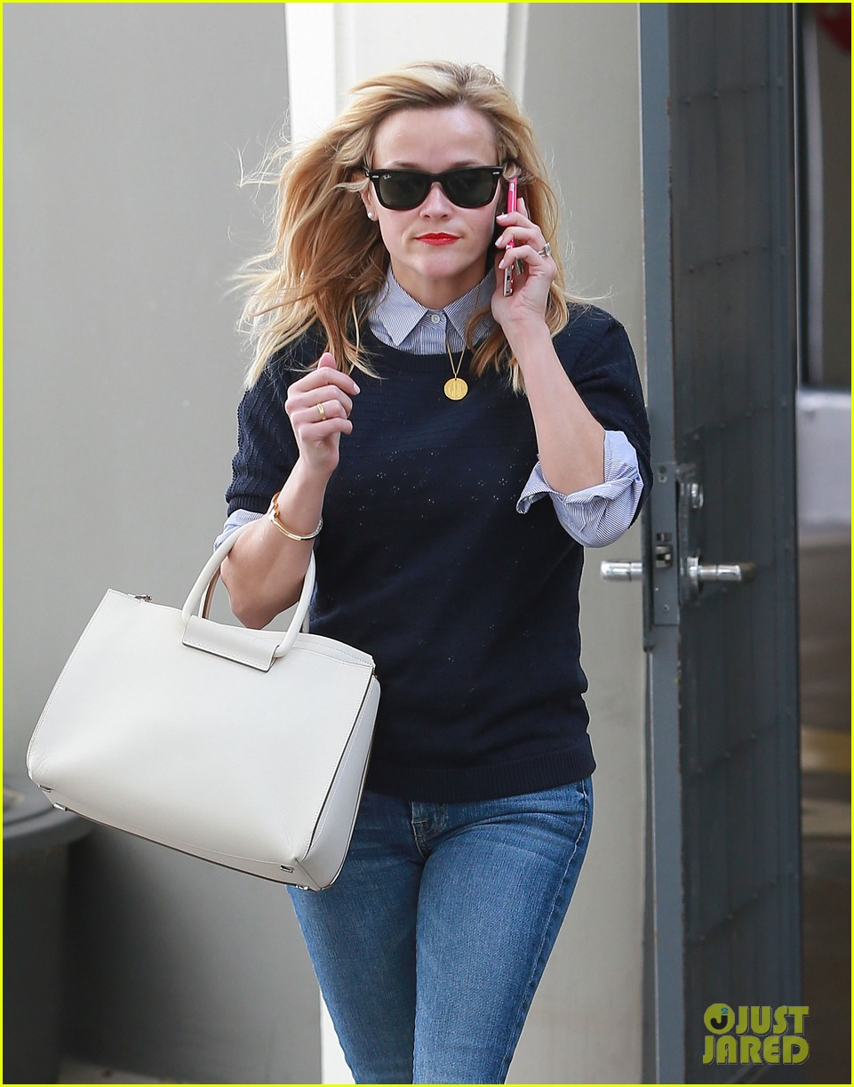 reese witherspoon before oscars weekend 153307624