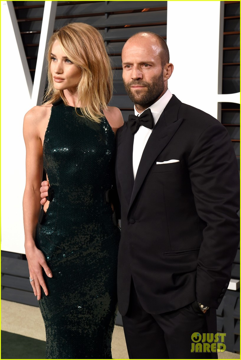 rosie huntington whiteley jason statham vanity fair oscars 2015 033311512