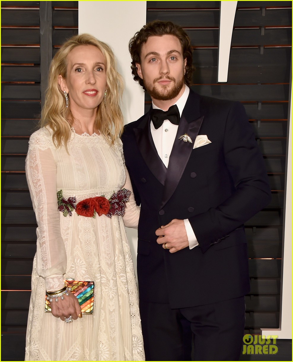 aaron johnson and georgia groome relationship tips