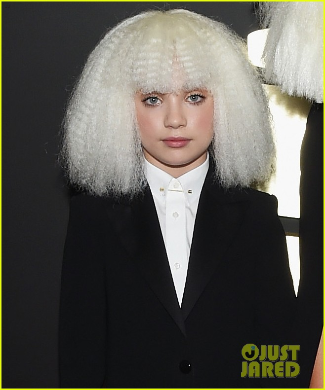 Sia chandelier dancer maddie ziegler wig out at grammys 2015 sia chandelier dancer maddie ziegler wig out at grammys 2015 mozeypictures Choice Image