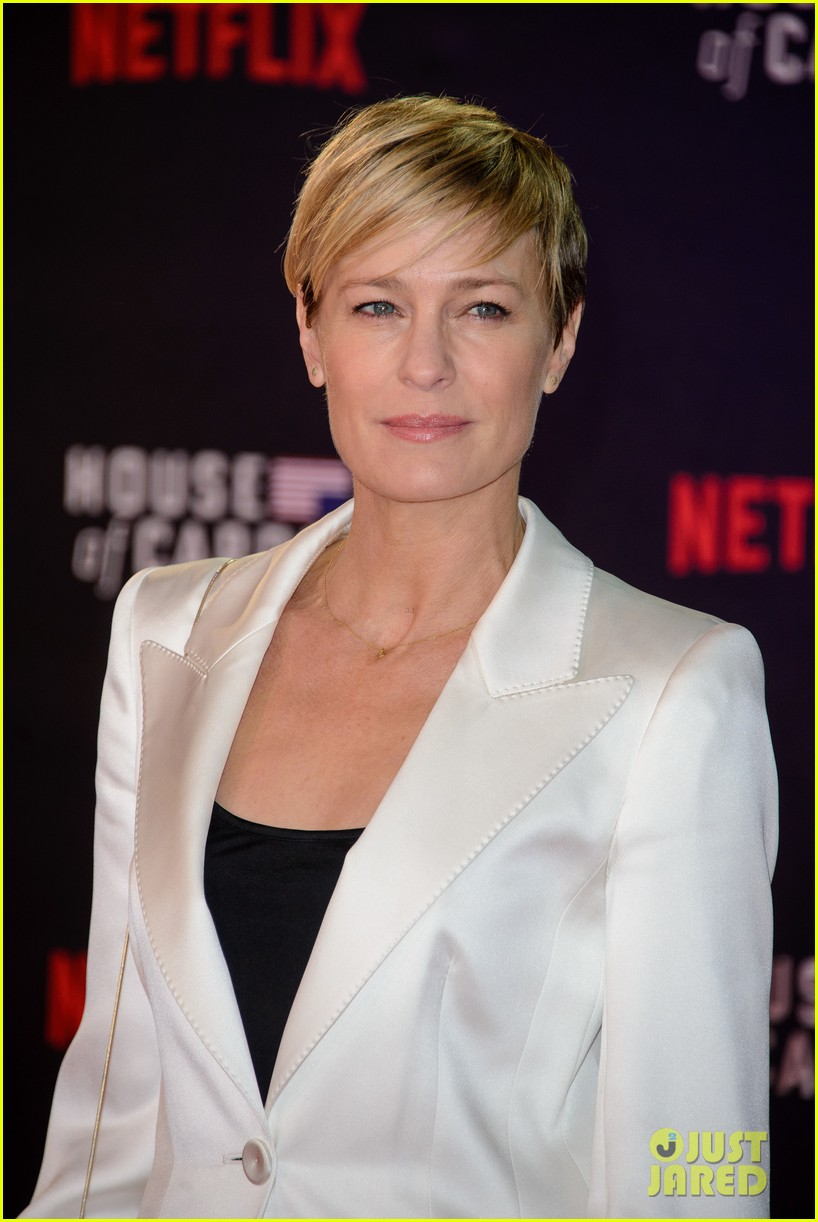 robin wright kevin spacey house of cards premiere 043314917