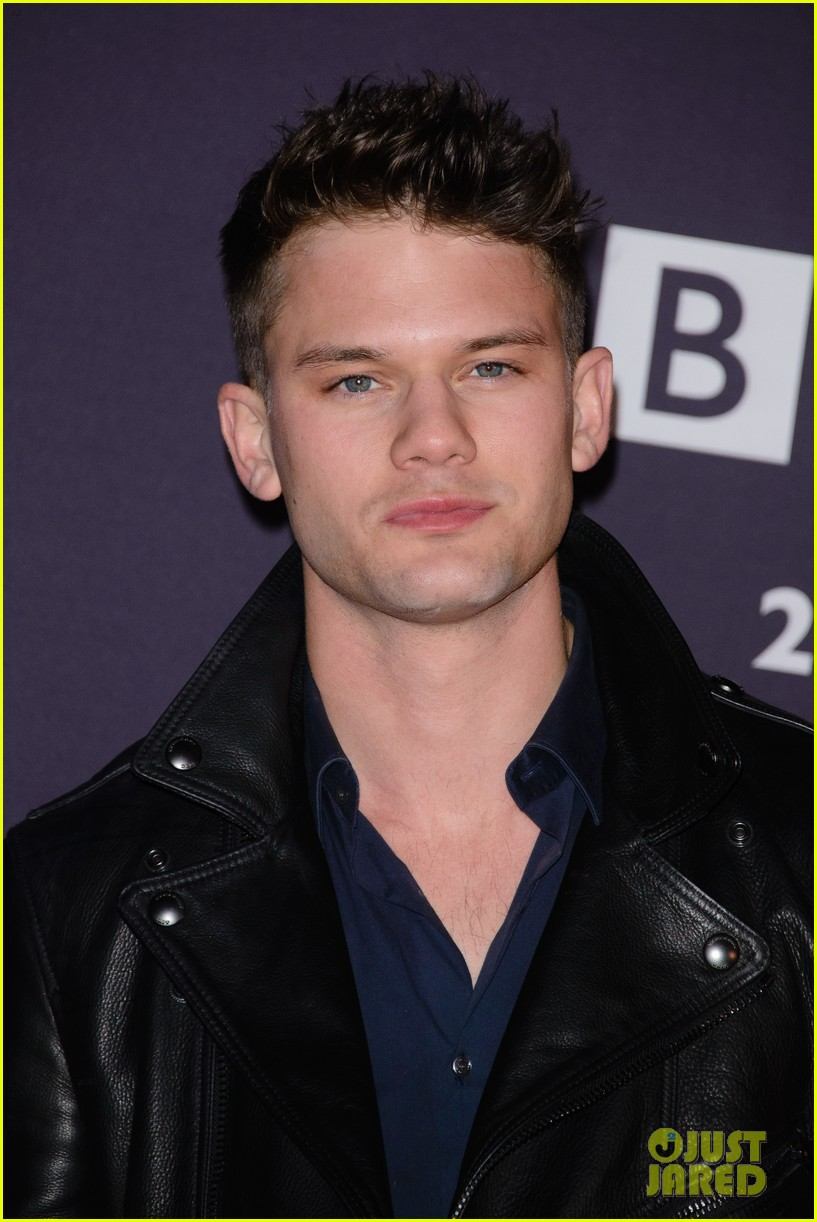 douglas booth jeremy irvine bring their good looks to bbc 133334003