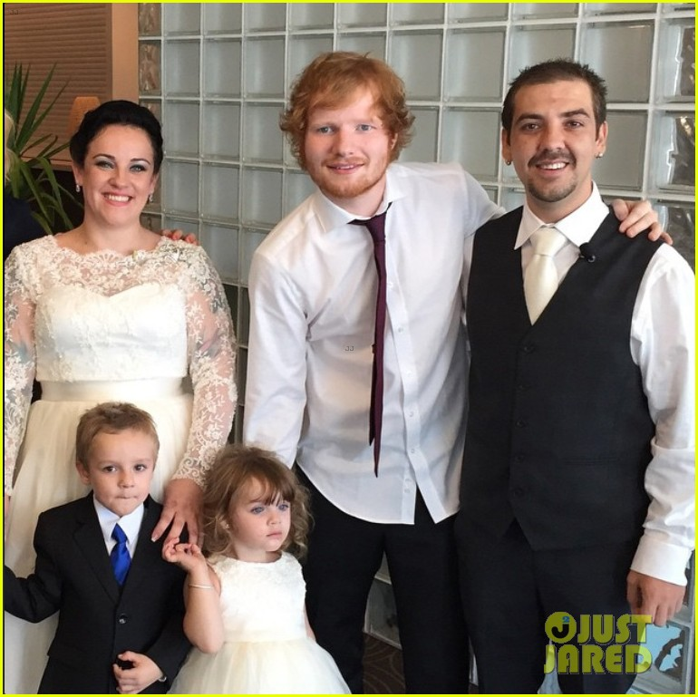 Watch ed sheeran surprise a couple at their wedding video photo watch ed sheeran surprise a couple at their wedding video junglespirit Gallery