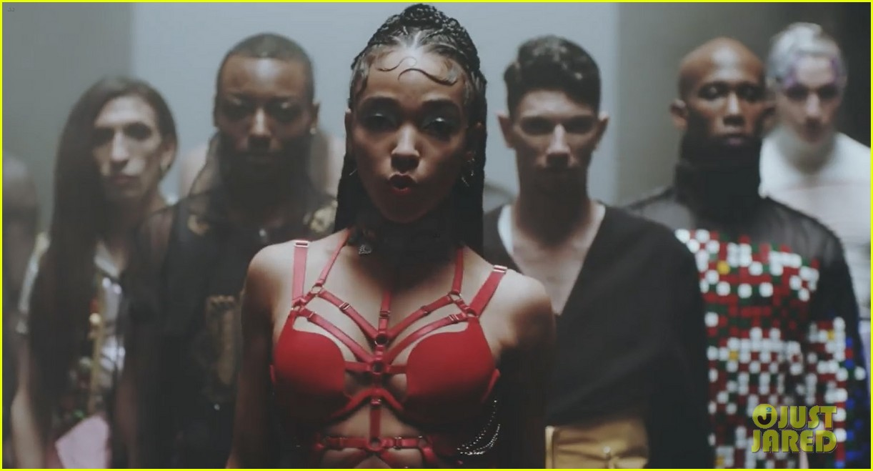 fka twigs is pregnant glass patron music video 033331914
