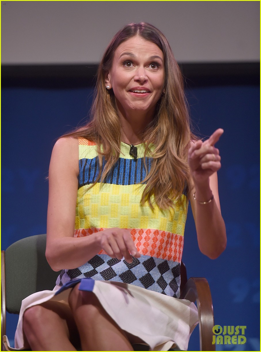 sutton foster says she went crazy town after her divorce 133333131
