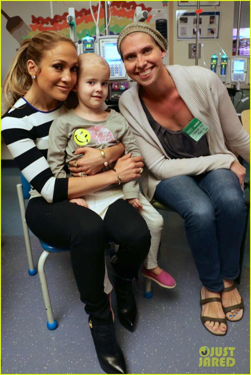 Jennifer Lopez Gives Children's Hospital Los Angeles a 'Home ... Jennifer Lopez